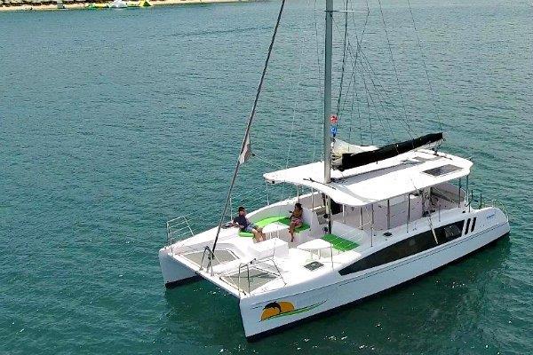 sydney harbour cruise, boat hire sydney harbour, cruise boat hire sydney, boat hire sydney harbour